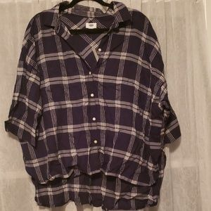 Navy/white plaid button up